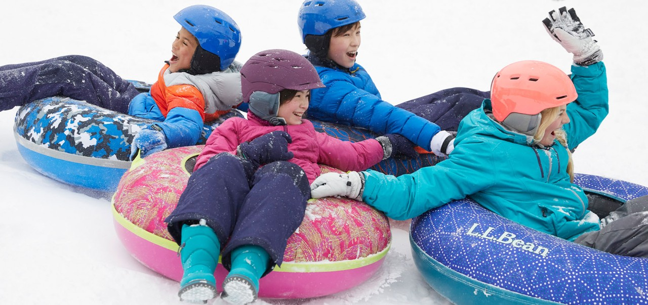 Kids playing on Sonic Snowtubes