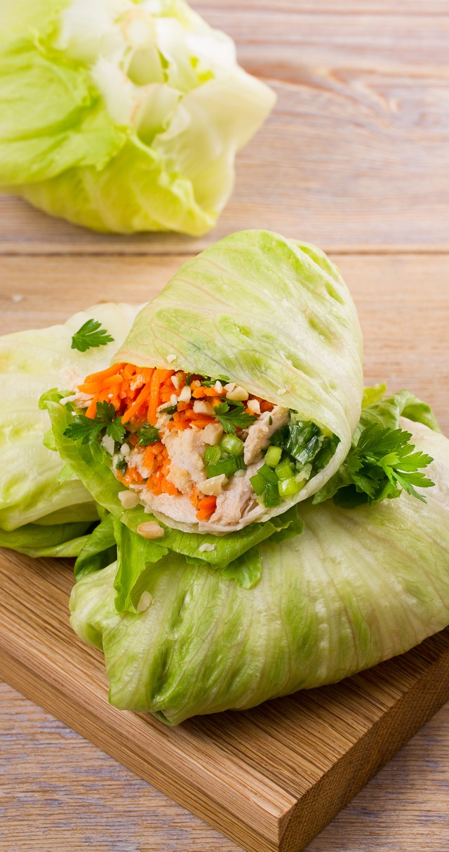 3 chickpea lettuce wraps on a cutting board.