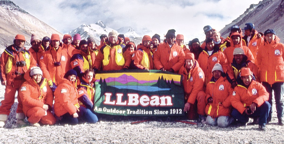 Members of the Everest Peace Climb pose with an L.L.Bean flag.