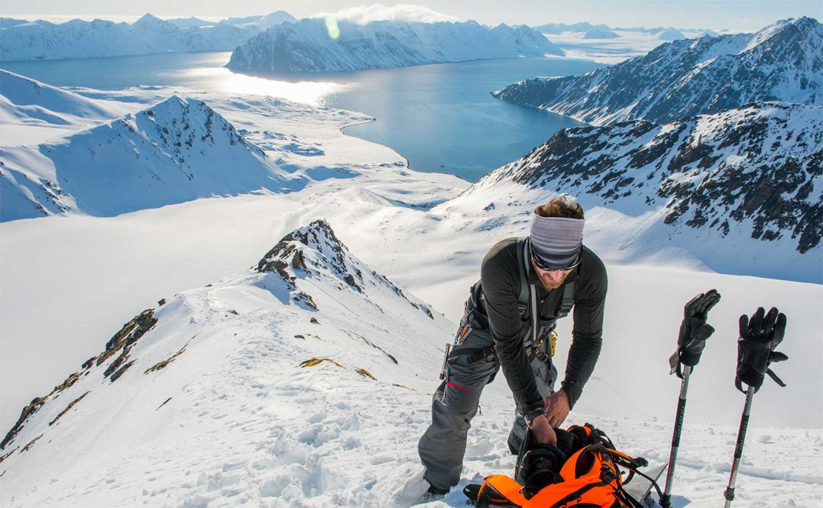 L.L.Bean Testing and Design Partner Seth Wescott gears up for a snowboard run in Norway.