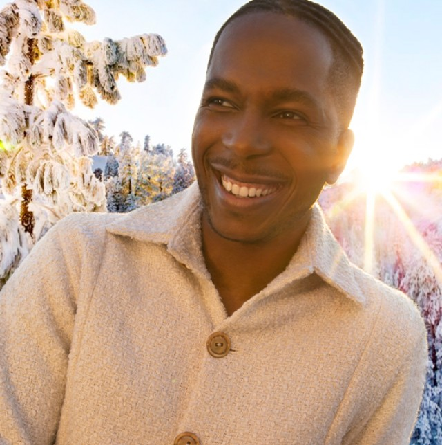 L.L.Bean and Leslie Odom Jr. Kick-Off the Holiday Season With a Free Virtual Concert