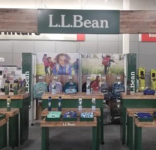 Wholesale display in Staples store