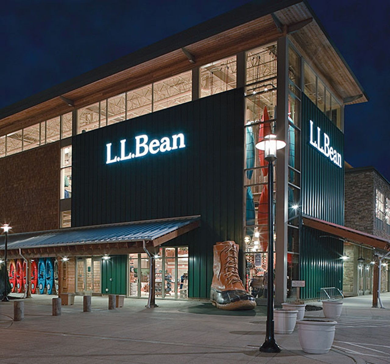 The front of the Brookfield Store